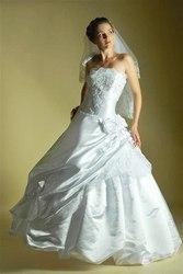 Распродажа свадебного салона,  свадебные платья от 500грн