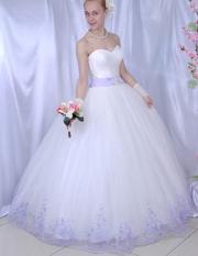 Свадебное платье с бесподобно красивой вышивкой
