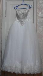 Свадебное платье отличного качества в хорошем состоянии недорого