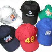 Вышивка на кепках бейсболках на заказ брендированные кепки с логотипом