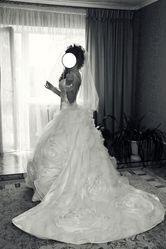 Шикарное свадебное дизайнерское платье!!!
