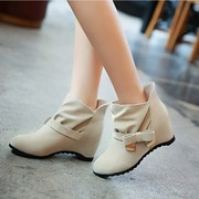 Продам НОВЫЕ ботинки демисезонные женские (весна,  осень) 24, 5 см.