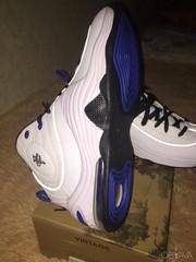 продам новые кроссовки NIKE, размер 48-49